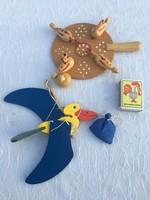 2 darab régi fajáték - tyúk és gólya játék madzagos