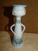 Aquincumi aquazur festésű gyertya tartó.