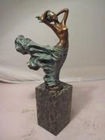 AKCIÓ ! Nagyon szép jelzett AKT  bronz szobor