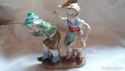 Bertram porcelán figura