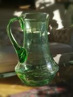 Smaragd zöld szakított, fújt üveg kancsó