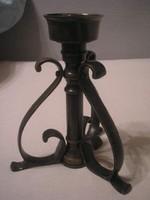 N2 Bronz antik súlyos ritka  gyertyatartó   20 cm -es 3 lábú