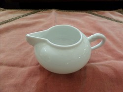 Fehér festetlen herendi tejkiöntő / tejszínes, kínai forma
