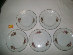 Hollóházi tányérok - két darab mély, három darab lapos