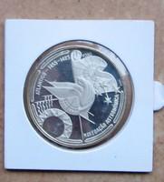 Portugál 100 escudos ezüst 1990, navigáció