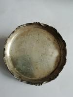 Ezüst tálka fémnyomot, jelezve