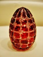 Rubinpácolt metszett kristály tojás