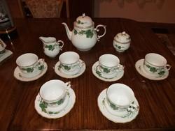 Hollóházi szőlőlénél mintás 6 személyes teáskészlet.