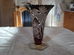Bordó ólomkristály váza