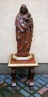 Mária szobor kis Jézussal