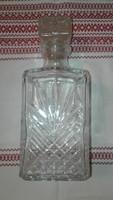 Régi whisky-s üveg dugóval