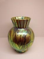 Zsolnay eozin váza.