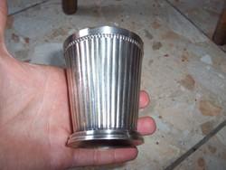 Nagyon szép ezüstözött pohár