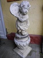 Antik, tömör kőszobor, 19. század, Csörgődobos angyal, puttó ábrázolás. Nagy méretű.