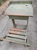 Antik iskolapad