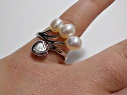 Tenyészett gyöngyökkel és cirkóniával díszített bizsu gyűrű 57-es méret