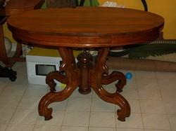 Neobarokk, agancslábú asztal