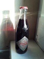2 db retro üveges Coca-Cola gyűjtőknek