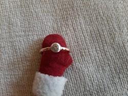 Antik 14 krt 56-os méretű bouton brill köves gyűrű.