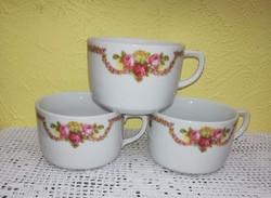 Rózsás, rózsa mintás csészék, csésze. Porcelán. Egyben eladók.