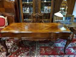 Restaurált antik barokk íróasztal