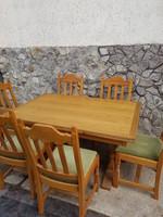 Tolgy bovitheto asztal 6db szek