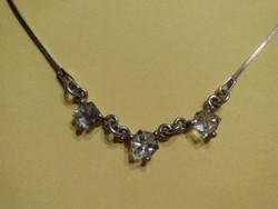 Csodás mutatós cirkón köves ezüst nyaklánc