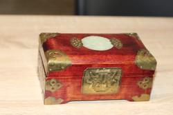 Rézveretes ékszertartó zenélő doboz