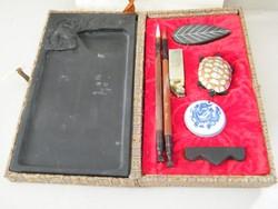 Ázsiai, keleti kalligráfia írás és pecsételő készlet