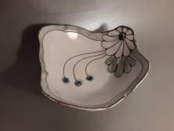 Gosztonyi / Geszler Mária kerámia asztalközép kináló tál 3 lábon
