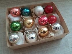 Régi üveg karácsonyfadísz dobozában egyben 12-darab