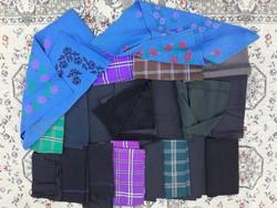 20 db fejkendő - paraszti népi ruhák - múlt századi, vidéki zsellér ruhák