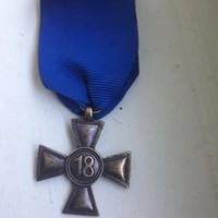 Náci 18 év szolgálati kitüntetés