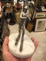 Ezüst sielő szobor, márványtalpon, ritka szép ábrázolás
