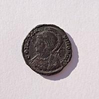 CONSTANTINOPOLIS római bronz érme