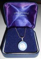 Ezüst nyaklánc camea függővel Wedgwood