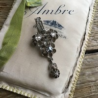 Antik ezüst medál-bross gyémántokkal