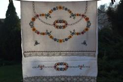 Régi Népi hagyományos len vászon kézi hímzett dísztörölköző horgolt csipke