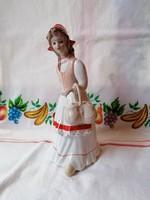 Alba Iulia porcelán Holland lány kosárkával