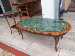 Eladó 2db neobarokk stílusú kis asztal gránit láppal. Bútorok szép állapotú.