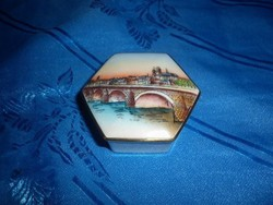 Limoges porcelán kis bonbonier doboz