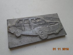 Nyomda technika vastag fém (ólom?) lemezen vintage autó modell E&S FED 10 NAT SOC