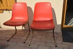 2 db retro szék, korának megfelelő állapotban