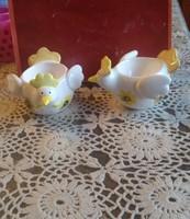 Porcelán tyukocska, tojástartó, húsvéti dekoráció