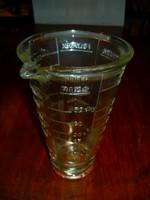 Vastag üveg mérőedény