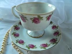 Rózsás csokoládés, kávés csésze és kistányér