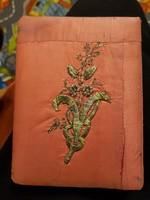 1909-es, két példányban készült verses kötet, némileg szentségtörés árulnom...