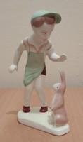 Jelzett, Aqvincum Budapest porcelán figura eladó: Zöld sapkás kisfiú nyuszival