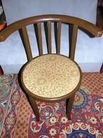 Tonett szék karfás