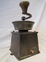 Antik nagyméretű súlyos öntöttvas szatócsbolti kávédaráló daráló